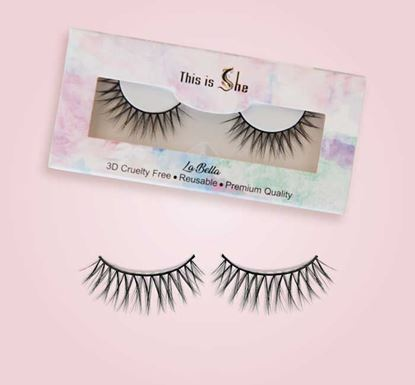 This is She La Bella Eyelash - Synthetic