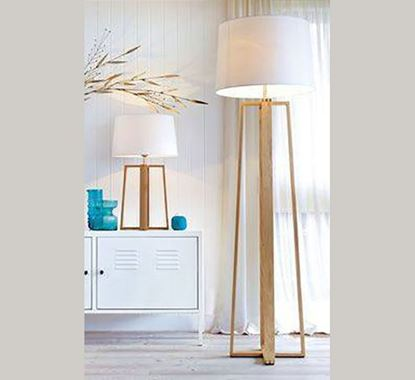 Canadian Pine Wood Stand Lamp - PL508