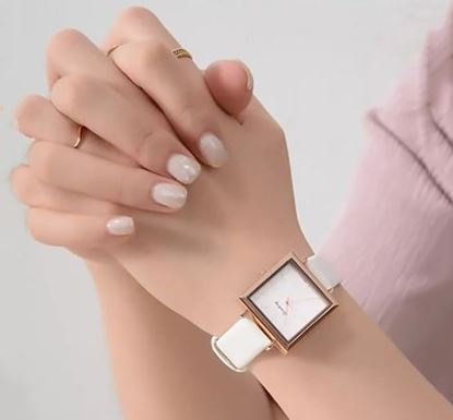 Artificial Leather Watch for Women SF-55